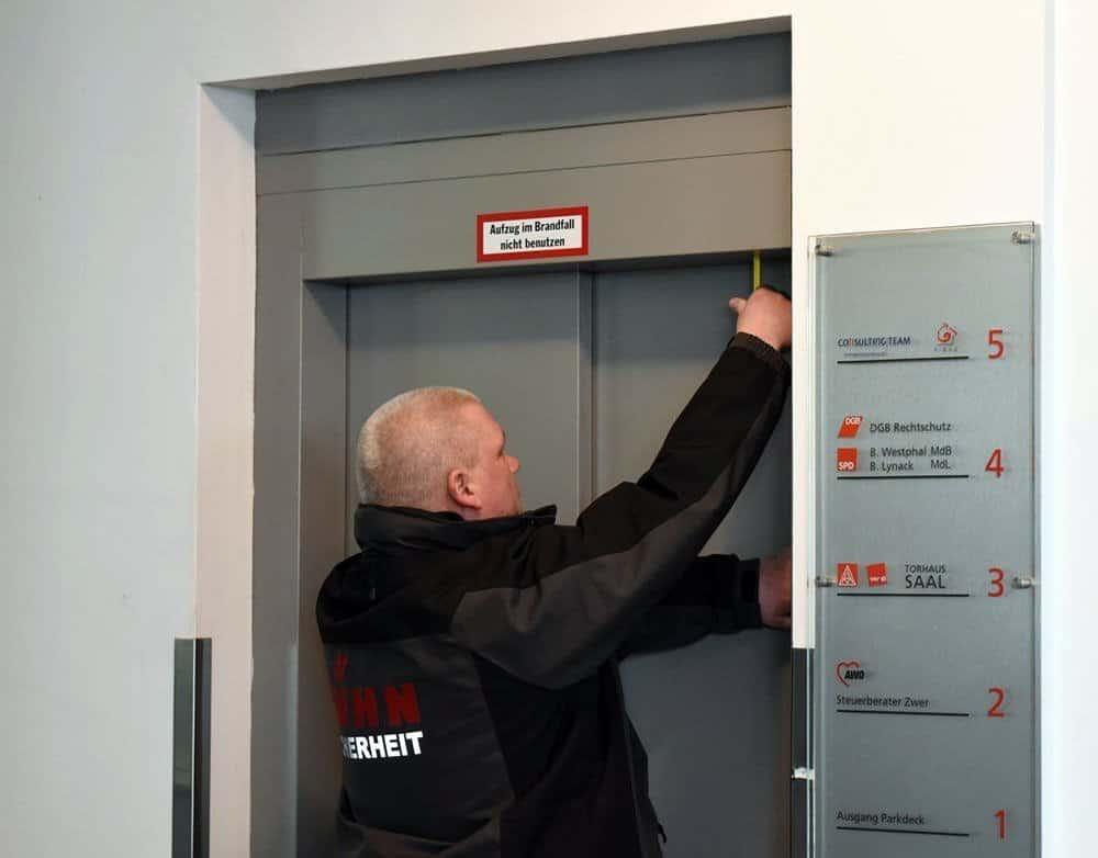 Professionelle Aufzugsbefreiungen in Hildesheim, Hannover und Braunschweig